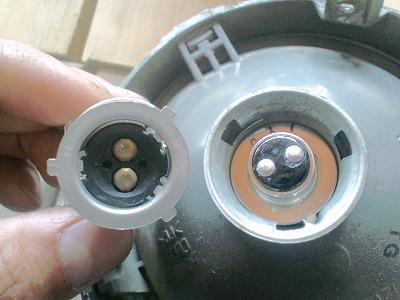 カブ電球交換 (3)