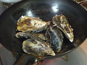 牡蠣北京鍋で