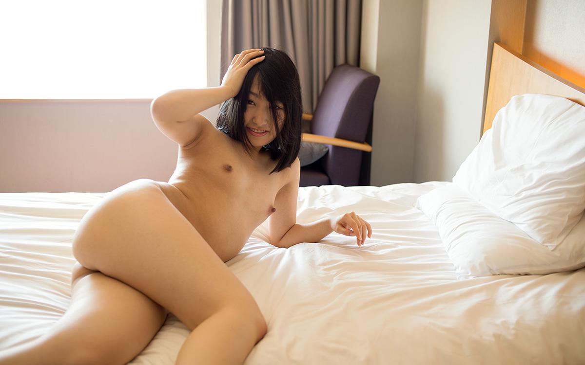 【No.18391】 おっぱい / 雲乃亜美