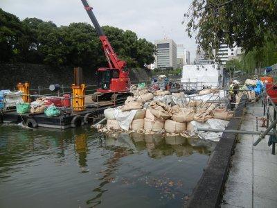 濠水浄化貯留施設工事