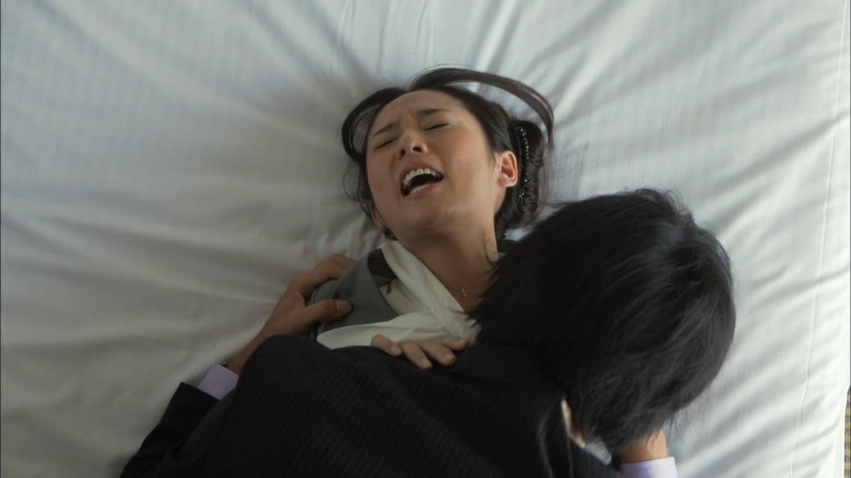 ドラマ「素敵な選TAXI」、木村文乃と中村俊介のベッドシーン