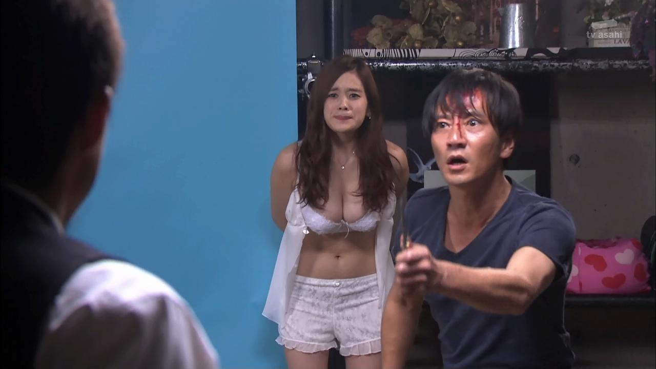 ドラマ「黒服物語」、監禁シーンで筧美和子の下着姿