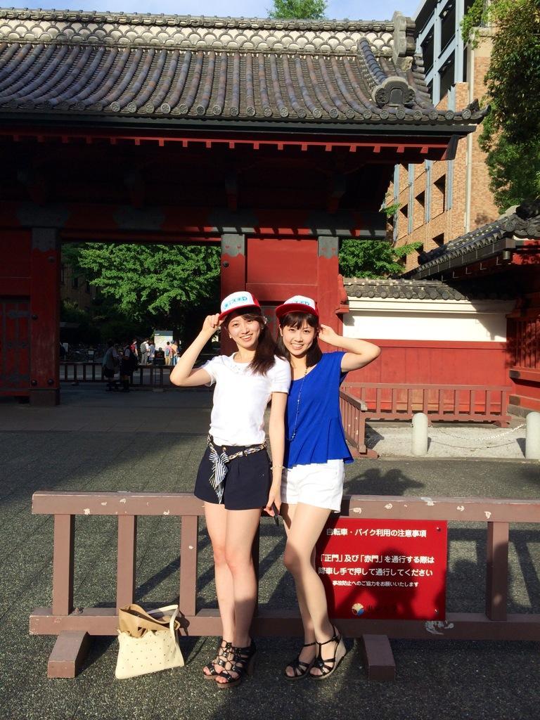 ミス東大2014候補の藤澤季美歌さん、赤門前でのスナップ