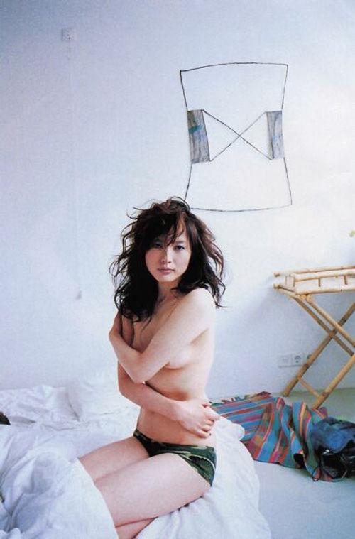 三浦理恵子が写真集画像