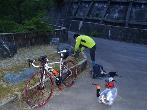 自転車の 朝日自転車 : 日本海から朝日岳 | ひげ魔人の ...