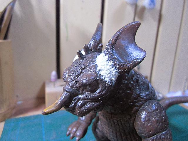 4-新たに耳をつけたバラゴン