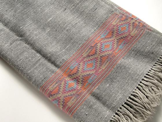 shawl090302.jpg