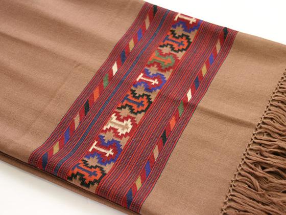 shawl090303.jpg