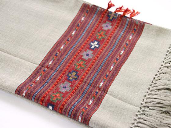 shawl090304.jpg