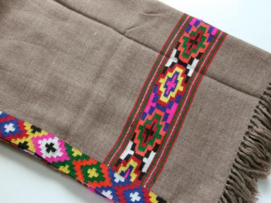 shawl090305.jpg