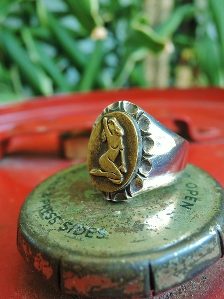 ROAD Pin Up Girl Ring (2)