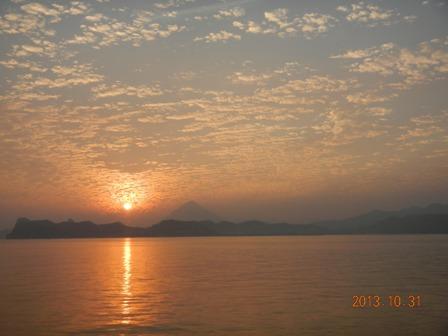 夕陽と開聞岳