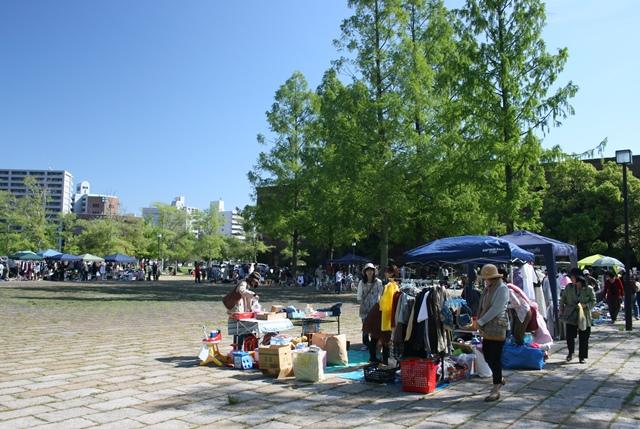IMG_6100 フリーマーケット(広大跡地) W