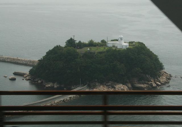 IMG_6768 灯台の島 W