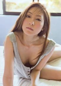 tatsumi_natsuko_g050.jpg