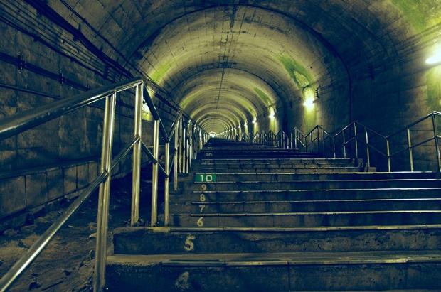 階段登りますよー