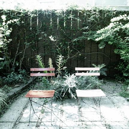 赤と白の椅子かわいい♪