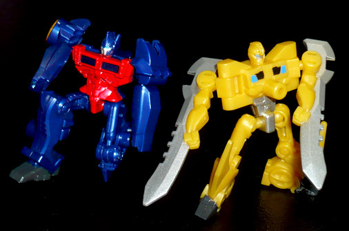 アームズマイクロン オートボット オプティマスプライムバスター&バンブルビーソード ロボットモード