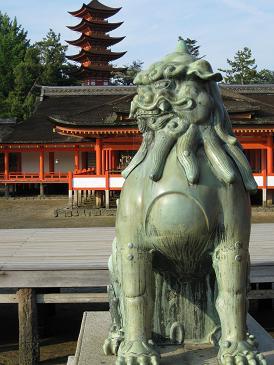 2013広島旅行:厳島神社 狛犬 吽形