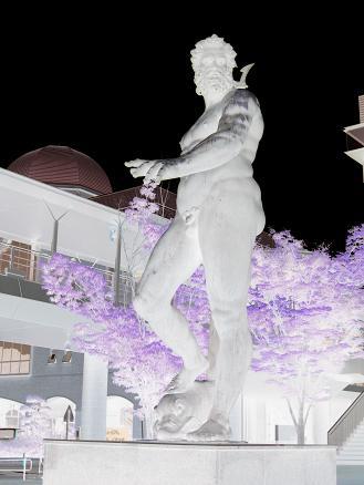 2013広島旅行:呉 大和ミュージアム ポセイドン 反転