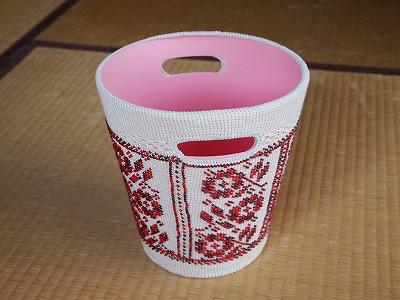 ゴミ箱-ロシアン