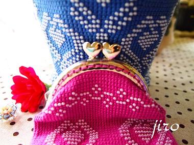 ビーズ編みがま口- 連立ハート4