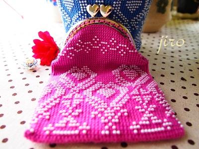 ビーズ編みがま口- 連立ハート5
