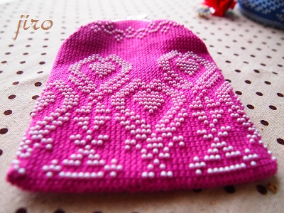 ビーズ編みがま口- 連立ハート6