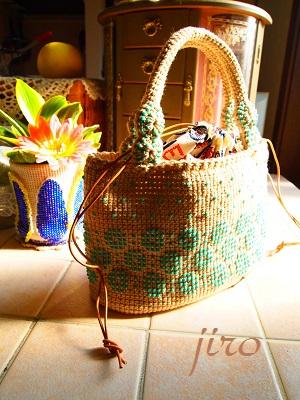 ビーズ編みバッグ- lunch bag