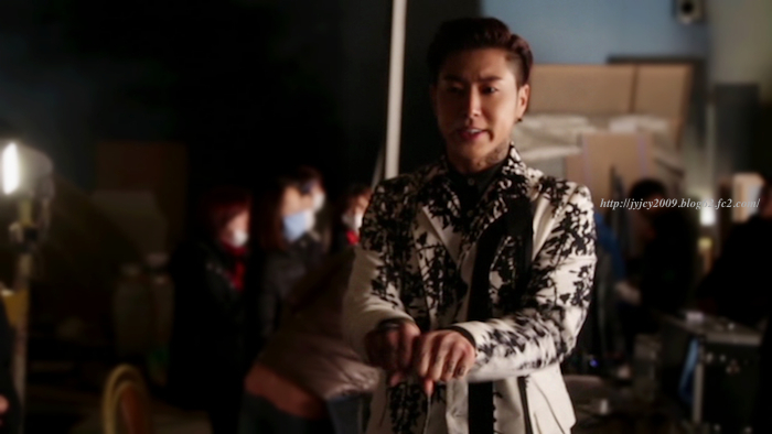 14tvxq-0205something-offshot-13-1-1.jpg