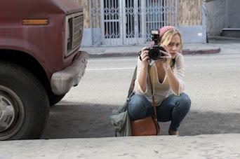 女性カメラマン・アンナ