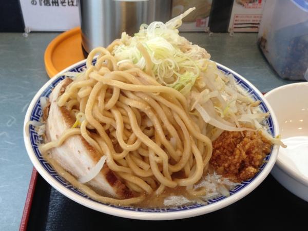 優勝軒秋田店 富士らーめん大盛全部まし 麺