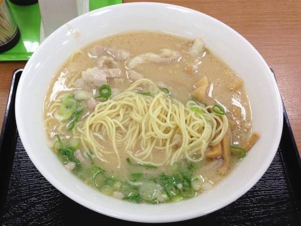 東北道上河内SA 特製牛もつラーメン 麺