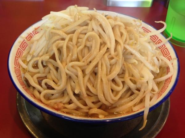 ラーメン☆ビリー ラーメン中盛ニンニク 麺