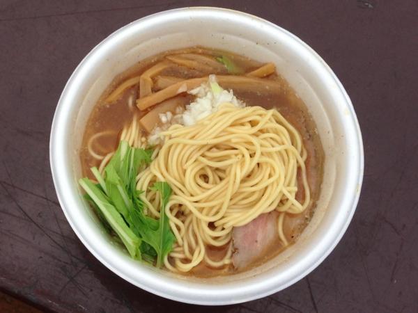 おおまがり大ラーメンフェス RAMEN MOSH×麺のご馳走花うさぎ 淡麗旨味そば 麺