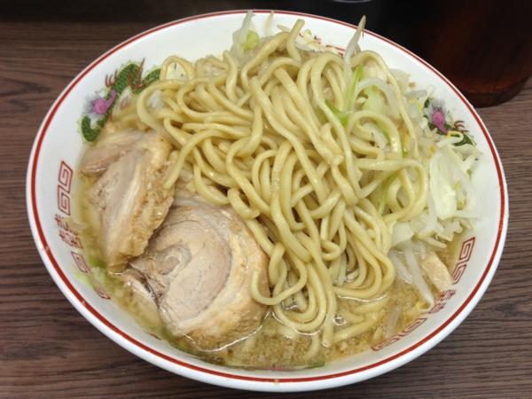 ラーメン二郎横浜関内店 小ラーメンニンニクアブラカラメ 麺
