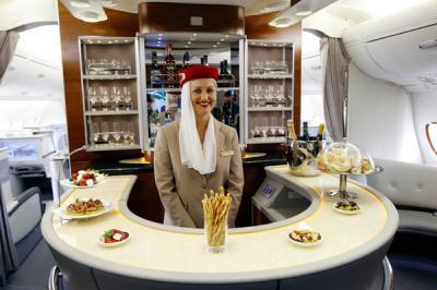 Emirates-A380-Bar-2-600x400_convert_20130619215912.jpg