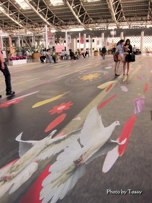 大阪駅トリックアート 時刻の広場