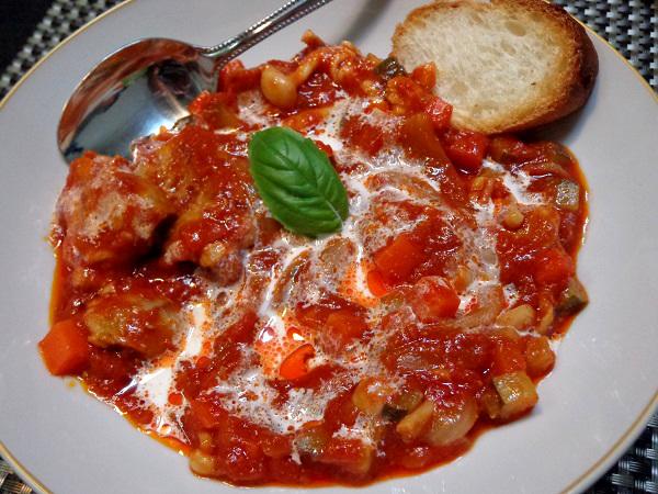 鶏のもも肉 トマト煮込み01
