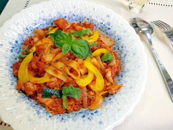 ツナのトマトソースパスタ01