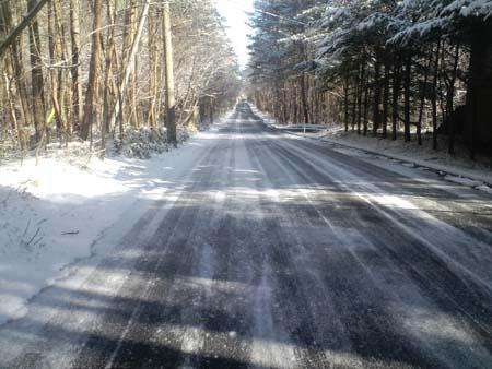 H25.4.11路面凍結