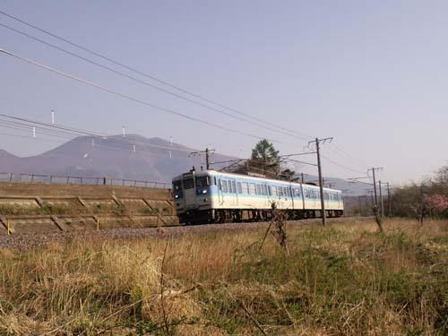 しなの鉄道浅間山バック115系