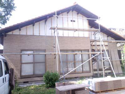 N邸外壁工事施工中