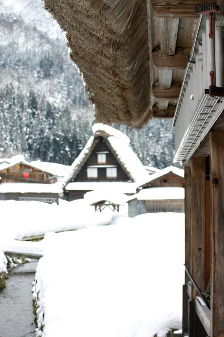 本格的な冬の旅行シーズン到来♪ 体の芯から温まる温泉や世界遺産 白川郷合掌集落でお楽しみください! ⑦