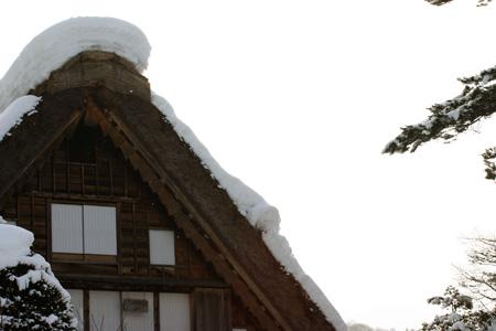 ☆温泉&ご当地グルメをお好きなところでいただいたり、 世界遺産 白川郷合掌集落の冬景色をとことん堪能するもよし! 自由に白川郷の冬旅をお楽しみください♪③