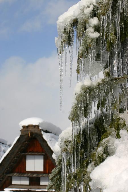 ☆温泉&ご当地グルメをお好きなところでいただいたり、 世界遺産 白川郷合掌集落の冬景色をとことん堪能するもよし! 自由に白川郷の冬旅をお楽しみください♪⑦