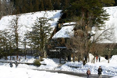 雪国の風情を愉しむには、冬の旅がおすすめ!!世界遺産 白川郷合掌集落 ②
