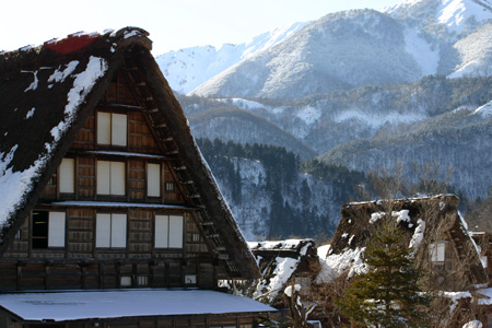 雪国の風情を愉しむには、冬の旅がおすすめ!!世界遺産 白川郷合掌集落 ③