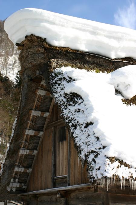 雪国の風情を愉しむには、冬の旅がおすすめ!!世界遺産 白川郷合掌集落 ⑦