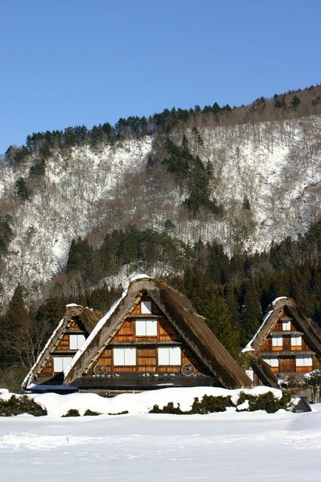 雪国の風情を愉しむには、冬の旅がおすすめ!!世界遺産 白川郷合掌集落 ⑨